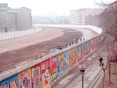 external image berlin_wall.jpg.jpeg